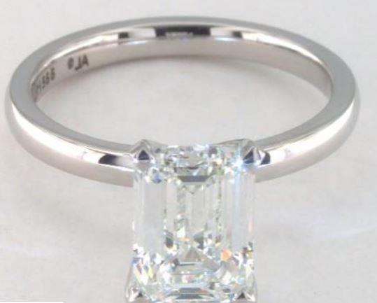 2.04ct I colored VS1 emerald cut diamond on a Solitaire White Gold Ring Setting
