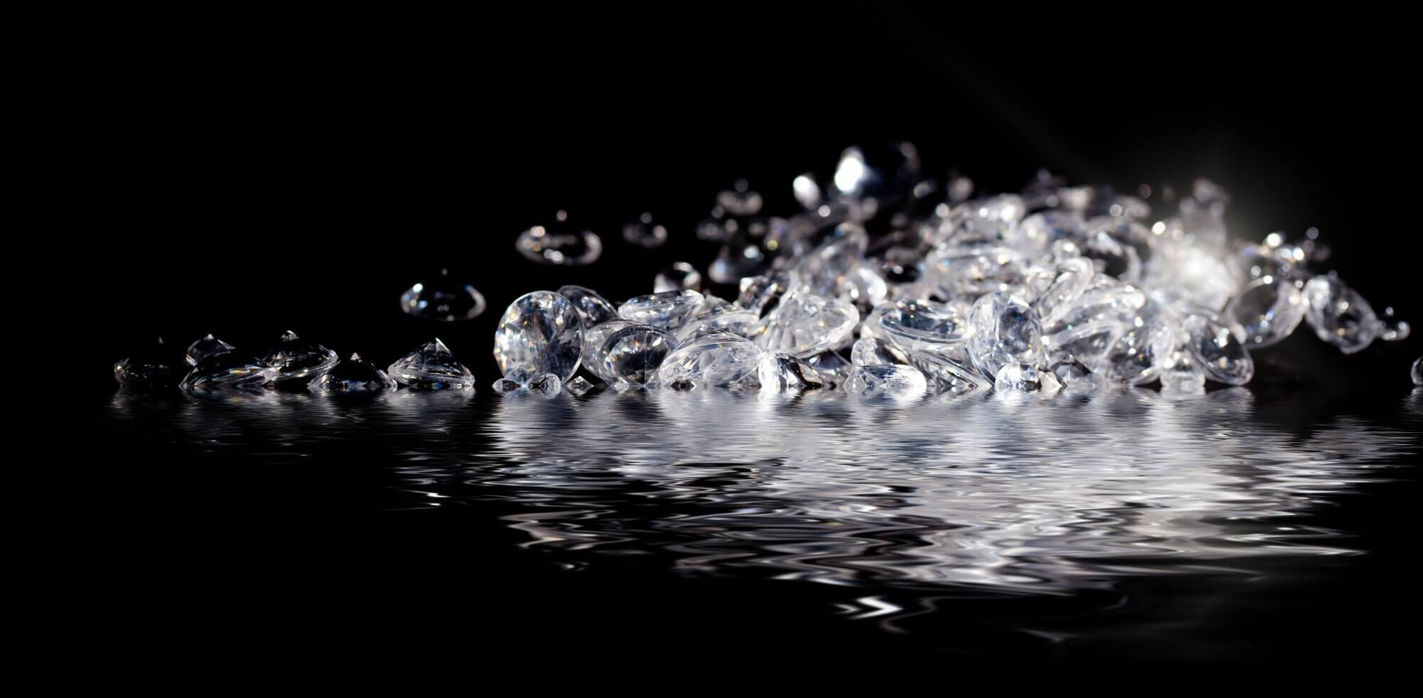 sparkling diamonds in water your diamond teacher
