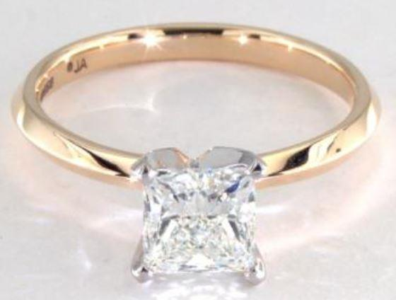 1.02ct I colored VS1 princess cut diamond on a Solitaire yellow gold ring