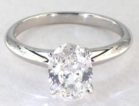 1.25ct H-colored VS1 Oval Cut Diamond on Platinum Solitaire Ring Setting