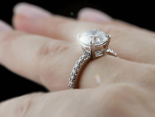 The Ultimate 4 Carat Diamond Ring Guide with Money Saving Tricks 8537a9b8a54a