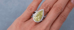 Pear-Shaped Diamonds Color