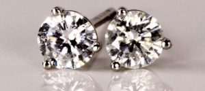 Clarity for Diamond Stud Earrings